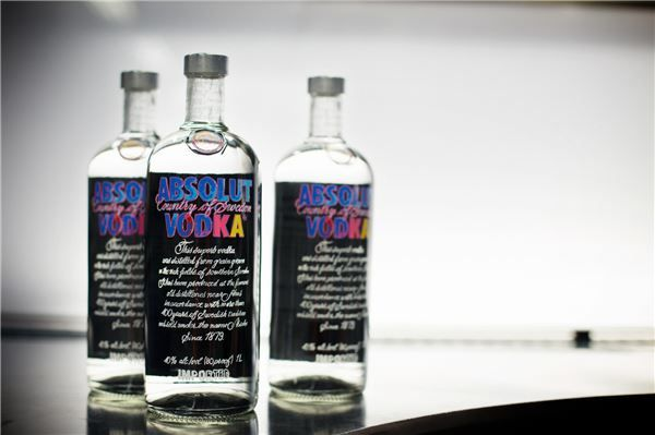 "Premium vodka brand Absolut said on November 14 that it would unveil the ""Andy Warhol Edition"" sporting Andy Worhol painting printed on the bottle."
