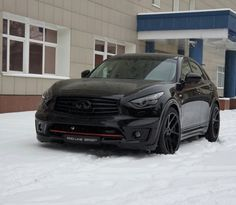 Infiniti FX35 blacked out