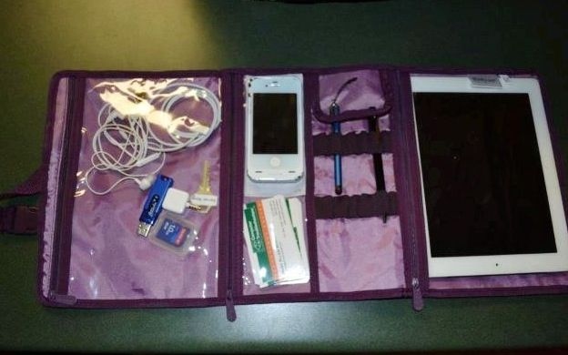 Thirty-one Timeless Beauty Bag ... Great for carrying your iPad, charger and USB cords!