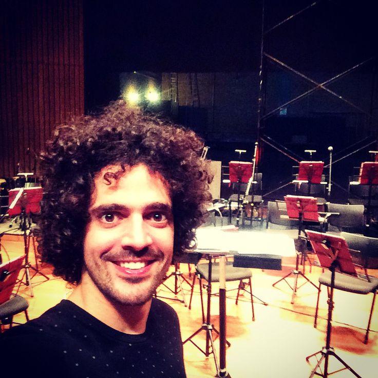 Cumpliendo el sueño de cantar con la Orquesta Filarmónica De Medellín! #DanielLema