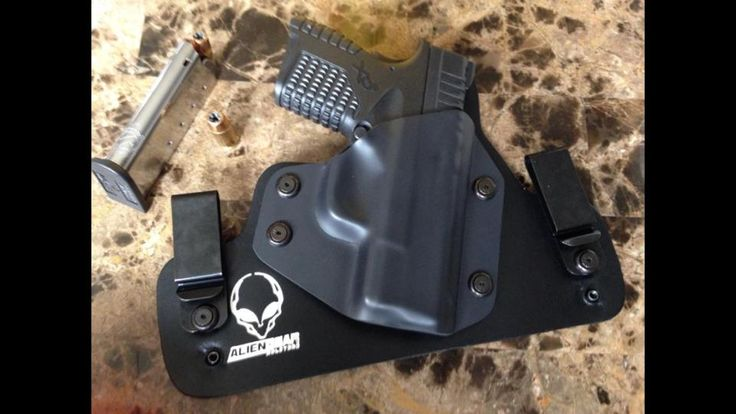 Alien holster and pistol