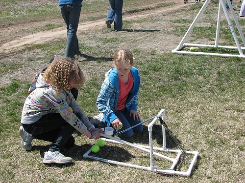 study archimedes/catapult contest would be good around thanks giving time pumpkin chunkin