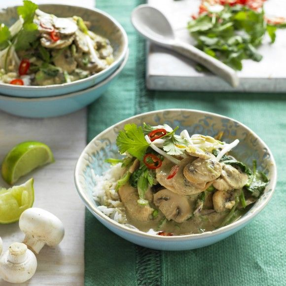 Collect this Mushroom and Chicken Green Curry recipe by Australian Mushroom Growers. MYFOODBOOK.COM.AU | MAKE FREE COOKBOOKS