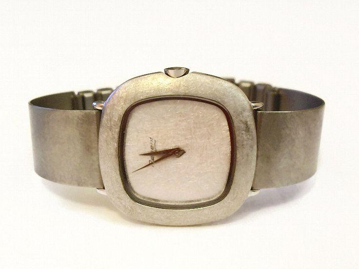 Spangenuhr+GREY+schlicht+edle+80er+Vintage+Uhr+von+Mont+Klamott+-+seltene+Vintage+Einzelstücke:+Liebzuhabendes,+Verspieltes,+Tickendes,+Klunkerndes,+Zauberhaftes,+Antikes,+Kurioses,+Schmuck+&+Uhren++auf+DaWanda.com