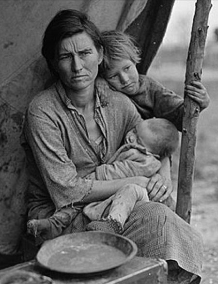 Florence Owens Thompson and her family has become an icon of resilience in the face of adversity. Photo by Dorothea Lange, 1936.