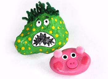 Pet rocks are a fun way to express your creativity and your own personal style. Whether it's a cute animal or a creepy creature, this pet rocks craft for kids are lots of fun and have no limits!   ** For more birthday party craft ideas visit http://www.partycanada.blogspot.com