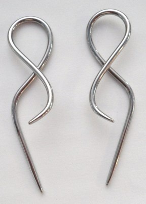 Pair 2 pieces TWISTED Surgical Steel Earrings Plugs Tapers 14g 14 gauge
