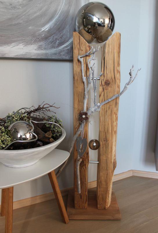 Gs119 gro e s ule aus altem holz dekoriert mit for Grosse esszimmertische aus holz