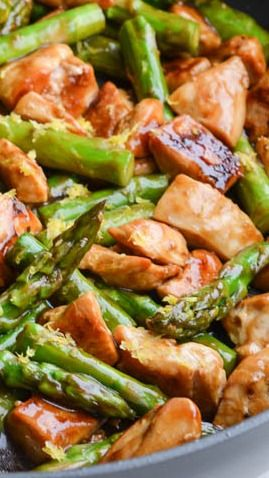 Lemon chicken stir fry with asparagus