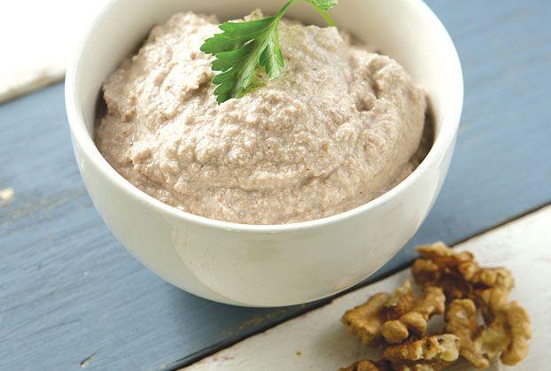 Σκορδαλιά με ψωμί, καρύδια και αμύγδαλα από την Αργυρώ Μπαρμπαρίγου | Μια διαφορετική σκορδαλιά γεμάτη αρώματα! Θα την απολαύσετε!