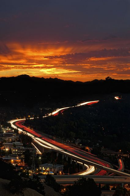 Welcome to Walnut Creek, California. CA-24 freeway takes you from San Francisco to Walnut Creek in just 20 min.