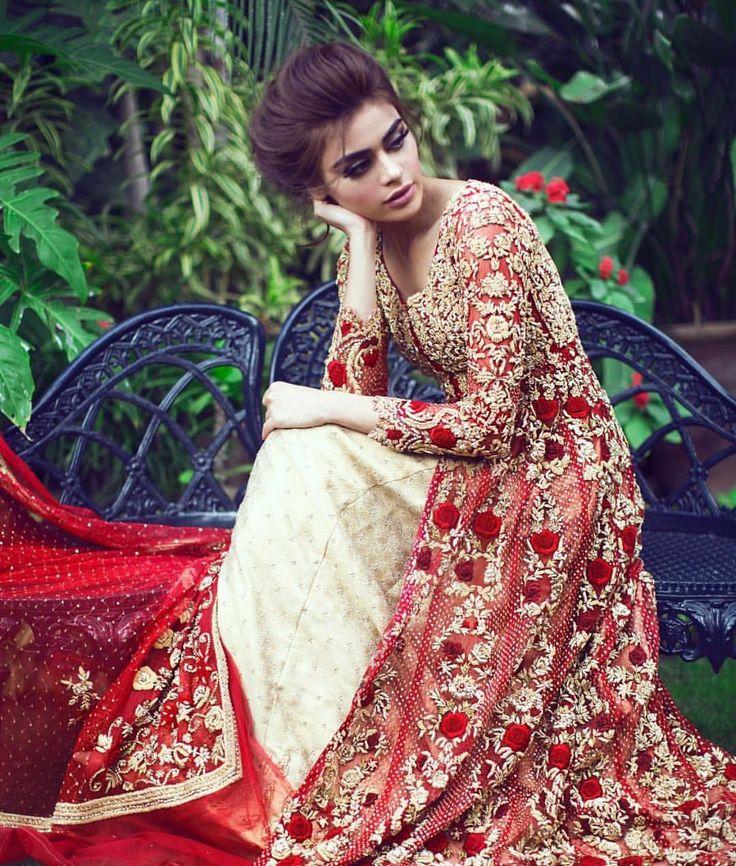 Pakistani couture by Mina hassan