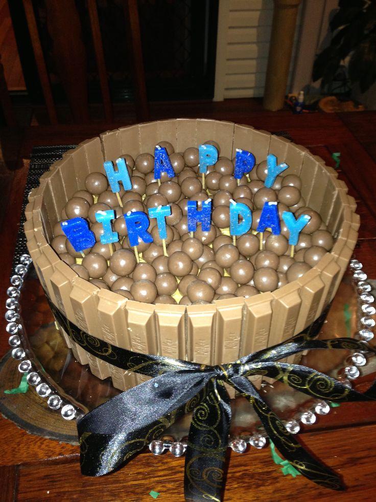 Kitkat malteeser cake