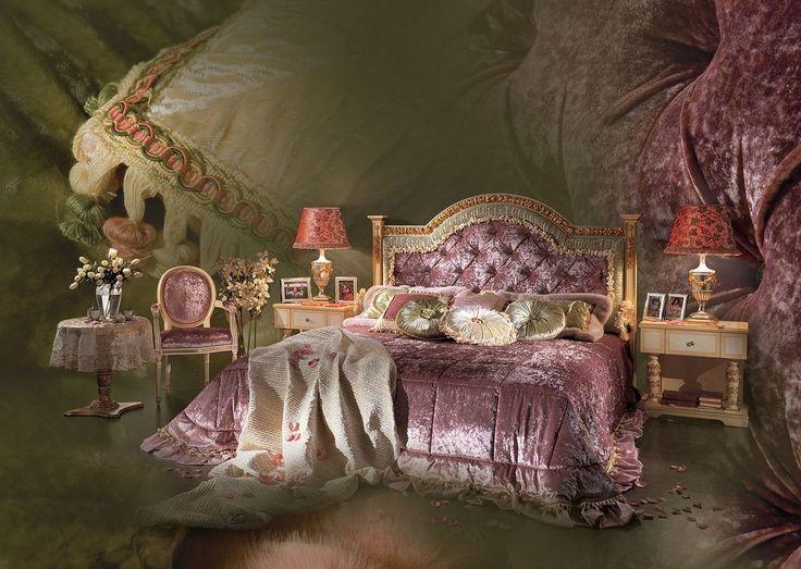 Letto con testiera intagliata a mano, Camera da letto di lusso Esmeralda