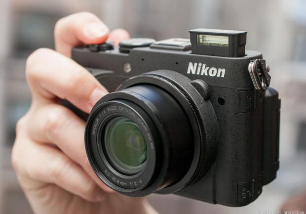 Nikon Coolpix P7700 review: Nicely designed, but is that enough?