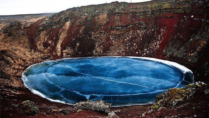 Кратерное озеро в Исландии / Фото дня / Моя Планета