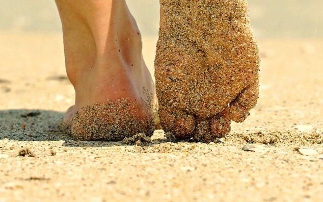 Perché camminare sulla sabbia è la grande medicina