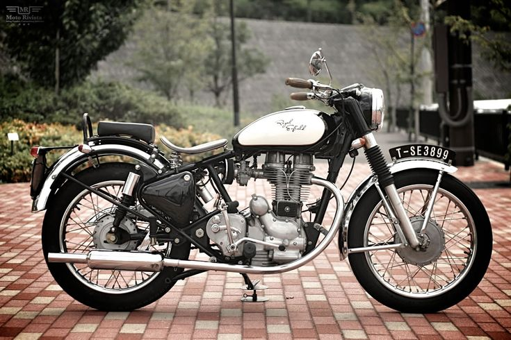 Royal Enfield-Bullet 350 by Motor Garage Goods