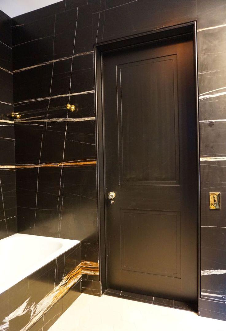 Black Wood Bathroom | Modelismo-hld.com
