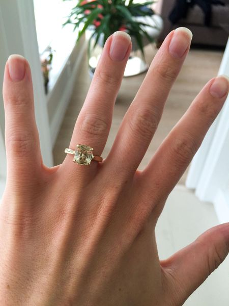 pale-yellow-sapphire-solitaire-ring