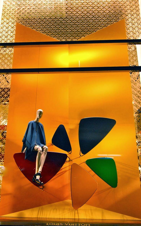 Louis Vuitton - March 2014 - Paris via mesvitrinesnyc.blogspot.it
