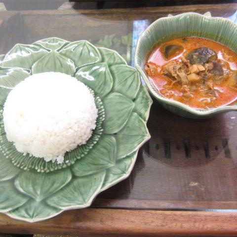 サバイサバイ (sabay sabay)