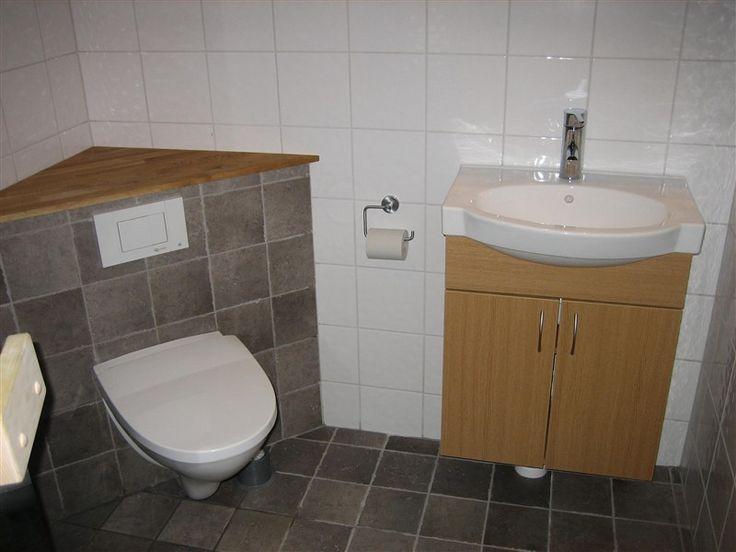 vägghängd toalettstol badrum Pinterest Badrum