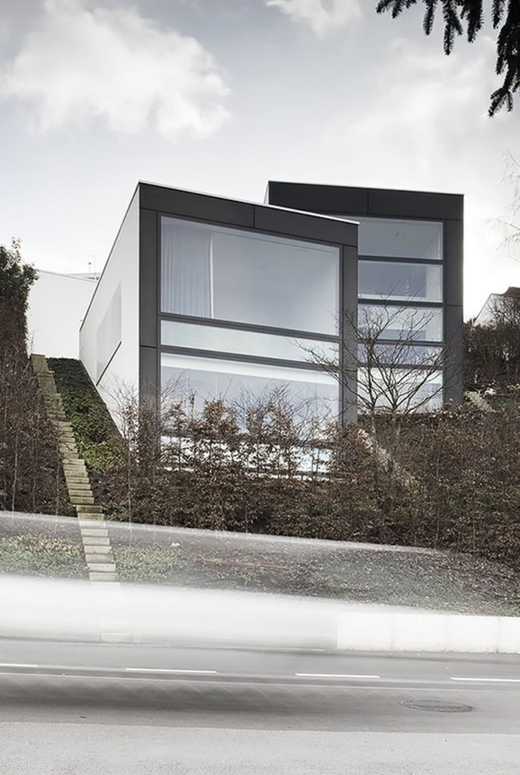 143 best images about hillside house on pinterest green for Modern house zurich