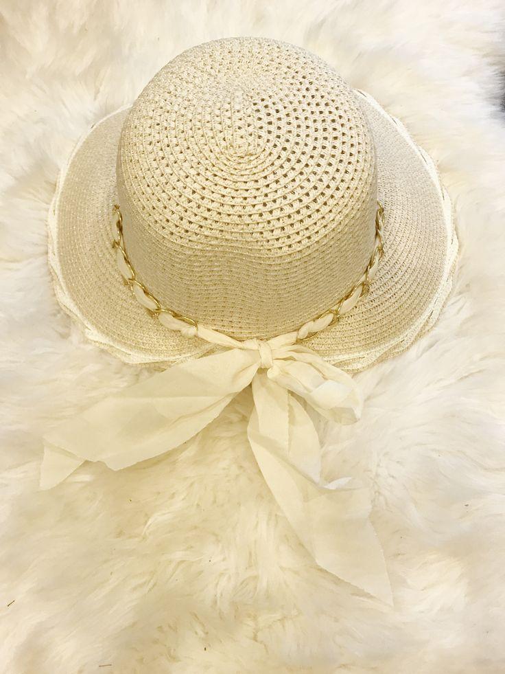 Oh so fancy bow back hat, Tan