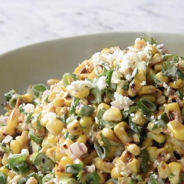 Il est carrément impossible de s'arrêter de manger cette salade de maïs!!! - Ma Fourchette