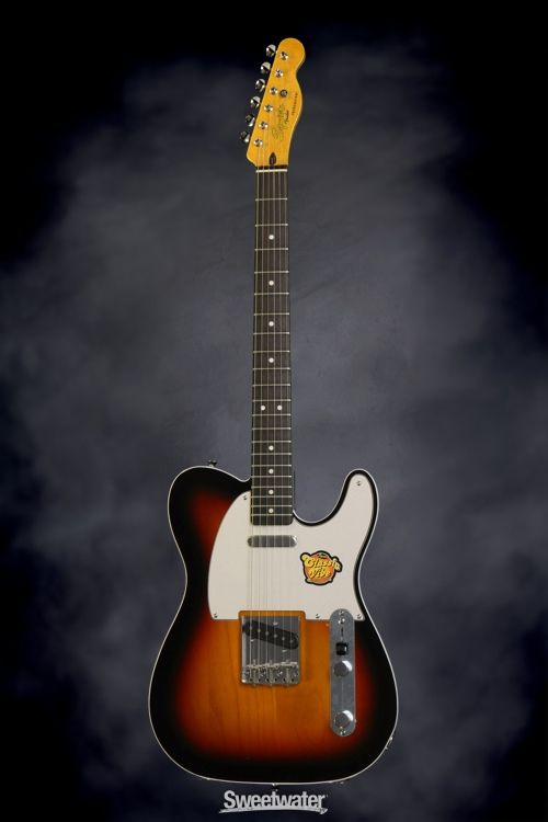 Squier Classic Vibe Telecaster Custom - 3-Tone Sunburst | Sweetwater.com | Solidbody Electric Guitar with Alder Body, Maple Neck, Rosewood Fingerboard, 2 Single-coil Pickups, and Vintage-themed Appointments - 3-color Sunburst
