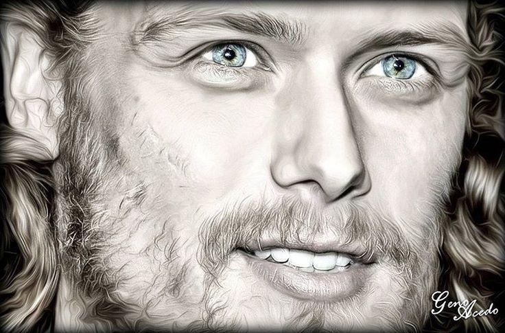 La mejor manera de acabar el día… Con una sonrisa, con una mirada…de Sam Heughan  #samheughan #outlander #jamiefraser #actor #scottish