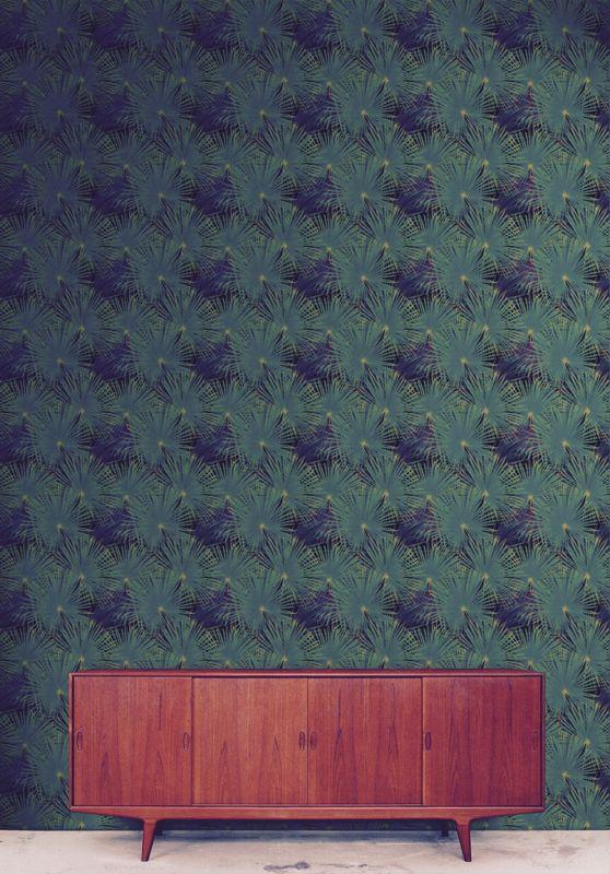 #Rumruk #Wallpaper #Palms #Green #Black #Vintage