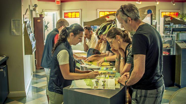 Bureaux d'information touristique.