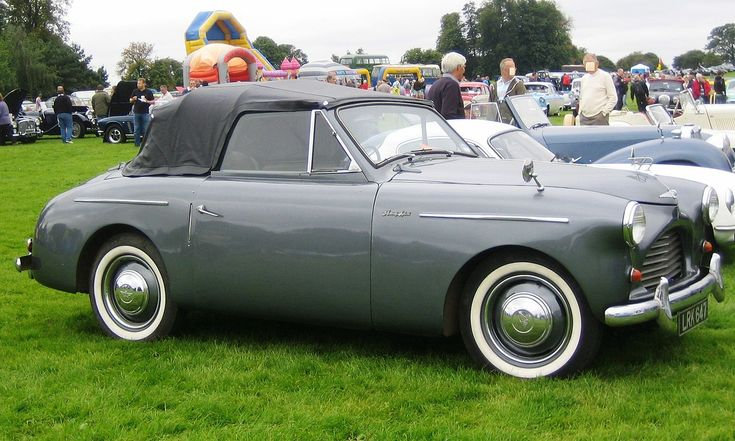 Very Rare Austin A40 / Jensen Sports Roadster Twin SU's 1.2L 4-cylinder 46Bhp engine. Only 4000 were built.