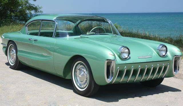 1955 Chevrolet Biscayne - Motorama Dream Car Concept 04