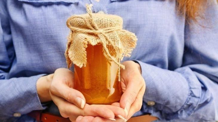Гениальные советы по использованию меда не по прямому назначению