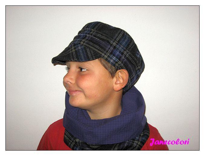 #set cappello e sciarpa bambino in lana blu scozzese : Moda bambino di janecolori
