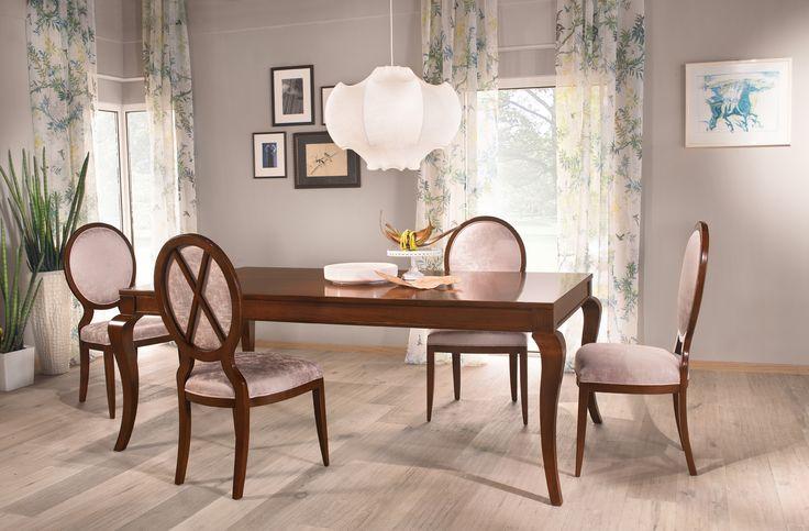 Dining table Varia with table leg Sandra: http://www.selva.com/en/news/varia-the-variable-table-system/22-85701.html #Selva #furniture #designfurniture #tablesystem