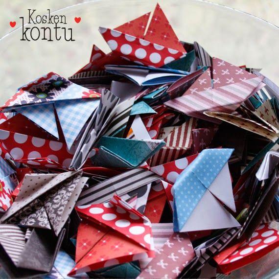 Pienet origami-veneet on helppo tehdä ja ne sopivat hienosti kesäiseen pöytään. Valitse paperi kattaukseen sopivaksi tai käytä rennosti sitä mitä löytyy.