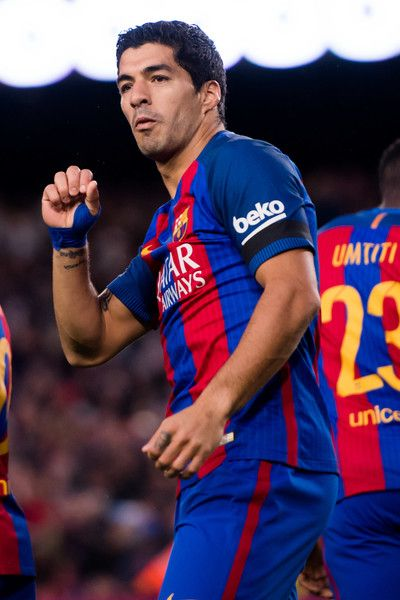 Luis Suarez of FC Barcelona celebrates after scoring the opening goal during the La Liga match between FC Barcelona and Sevilla FC at Camp Nou stadium on April 5, 2017 in Barcelona, Catalonia.