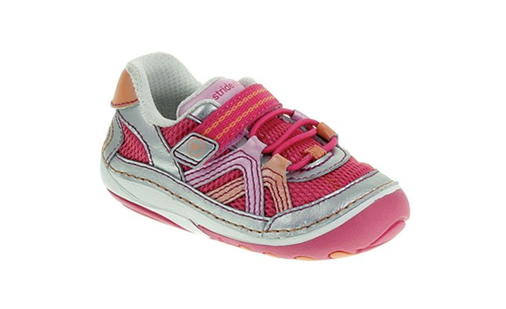 The new Stride Rite SRT Soft Motion Bristol features pearlescent tones that are perfect for Springtime  #newyearnewstyle