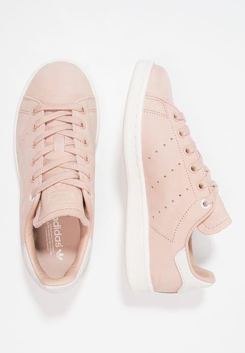 Chaussures adidas Originals STAN SMITH - Baskets basses - dust peach/white vapor chair: 109,95 € chez Zalando (au 27/04/17). Livraison et retours gratuits et service client gratuit au 0800 915 207.