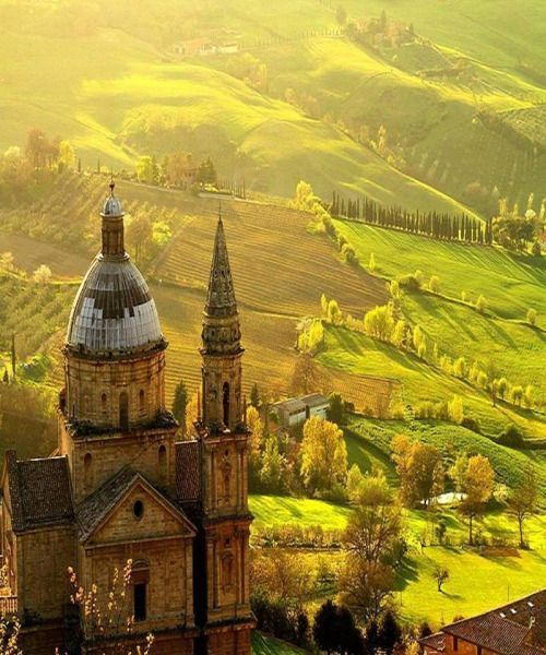 Somewhere between Florence and Rome lies this magical town of Montepulciano in Italy.