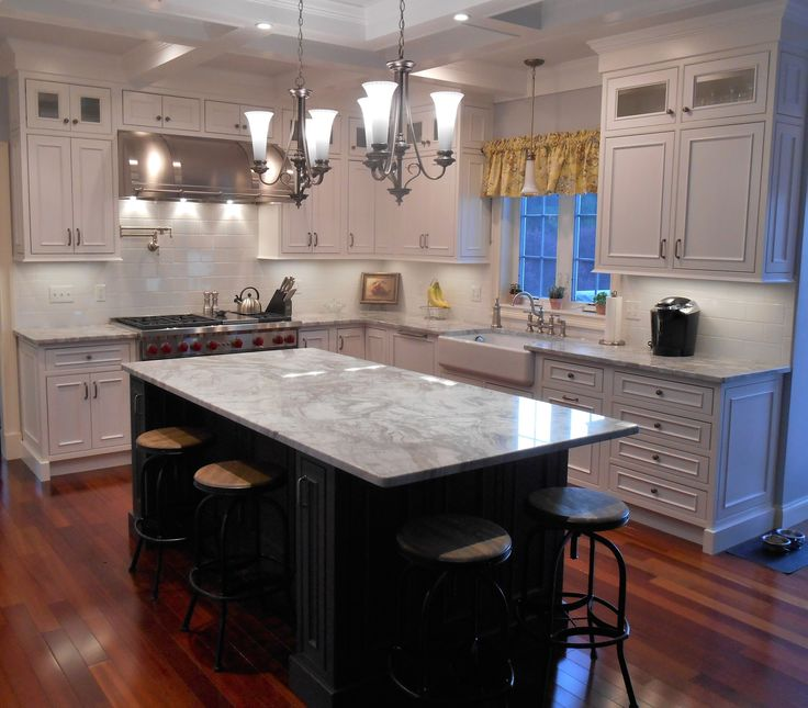 New England Elegance with Showplace Inset Cabinets