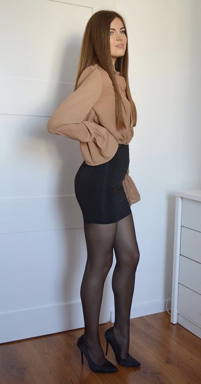 Think, amateur wife short skirt heels