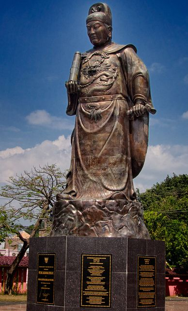 The Statue Of Admiral Zheng He at Sam Poo Kong Temple, Semarang, Central Java, Indonesia. by wifazura, via Flickr