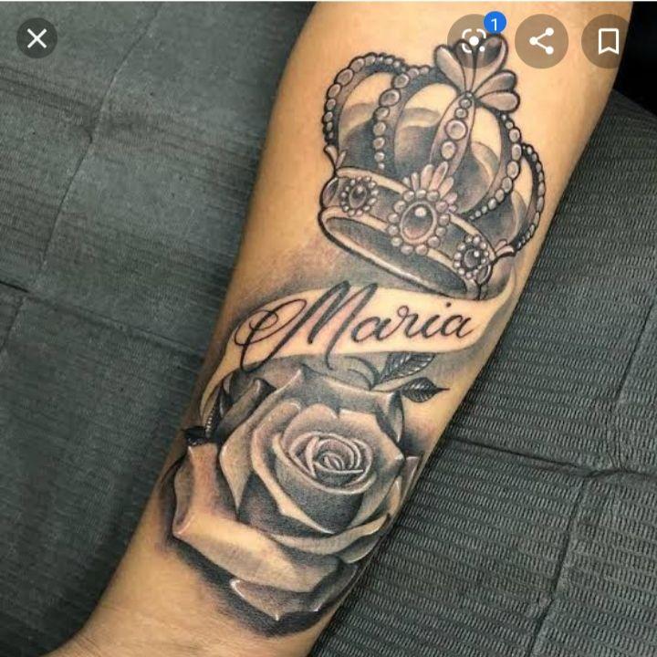 Pin De Andres Julian Gonzalez Carvaja En Cinza Tatuajes De Nombres En El Brazo Tatuaje De Corona Tatuajes De Rosas Para Hombres