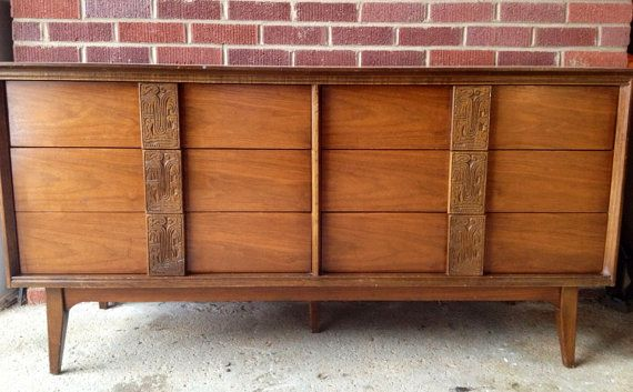 Vintage Bassett 6 Drawer Dresser Mayan Collection