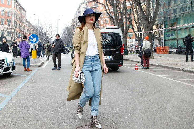 Blogger Fregola in Yojiro Kake origami one piece khaki trench coat